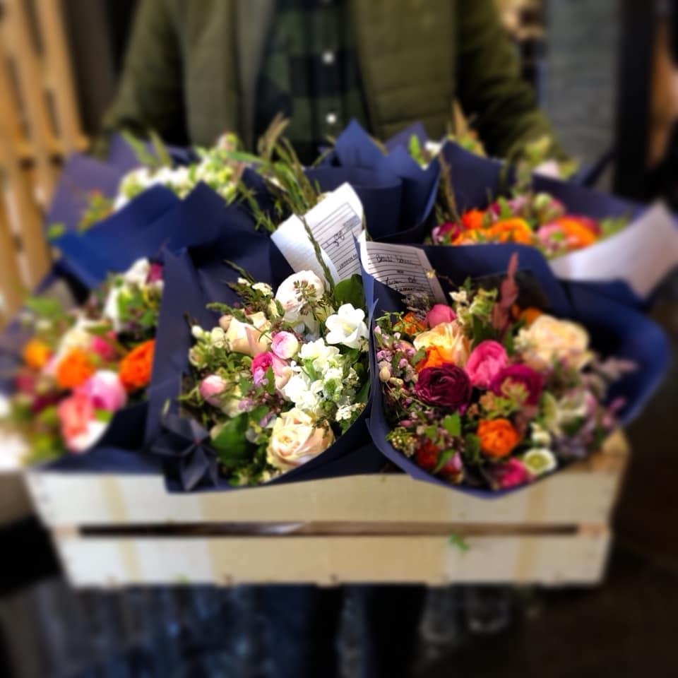 La première livraison de fleurs !